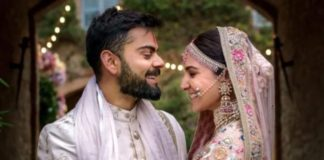 Mere Mehboob Qayamat Hogi for Anushka Sharma, leaving her emotional.